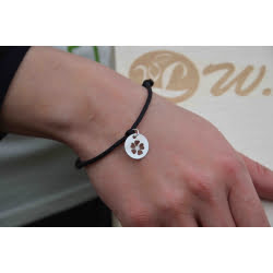 Bransoletka - czarny sznurek z zawieszką kwiatek